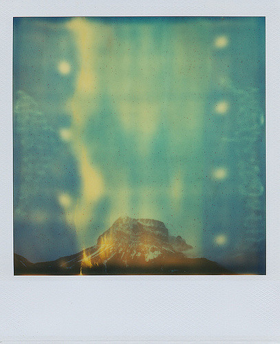 Glimpsing the summit (image by Daniel Gonzalez Fuster)