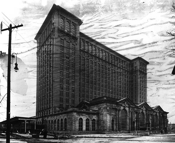 michigancentralstation1913.jpg